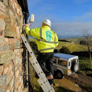 Using 4G or 5G Mobile Internet for Home Broadband